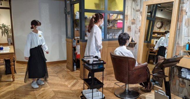 Attina新人研修始まりました!!完全定額制美容院の研修は、人間力を磨きプロフェッショナルになるため行います!